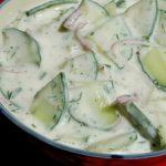 Salata cu sos de kefir